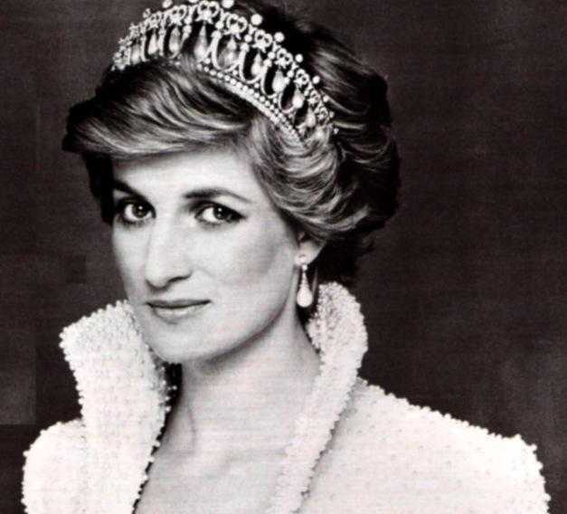 so-beautiful-princess-diana-21947319-710-644