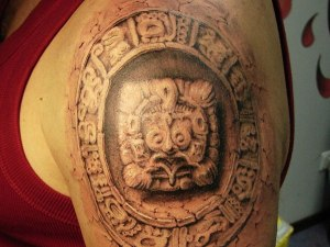 art-gives-three-dimensional-feel-this-aztec-forearm-tattoo-71830