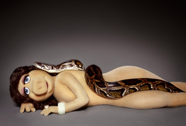 miss-piggy with snake