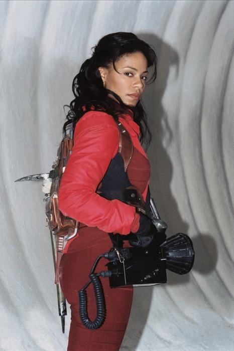Sanaa Lathan inAVP: Alien vs. Predator. Wow.