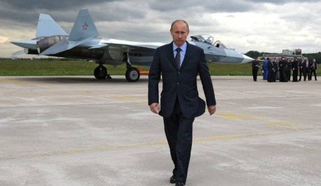 Vladimir_Putin_with_MIG_fighter_jet